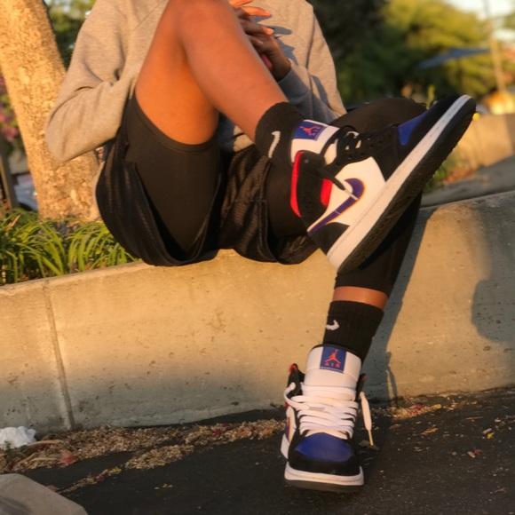 """Air Jordan 1 mid se """"rivals"""""""